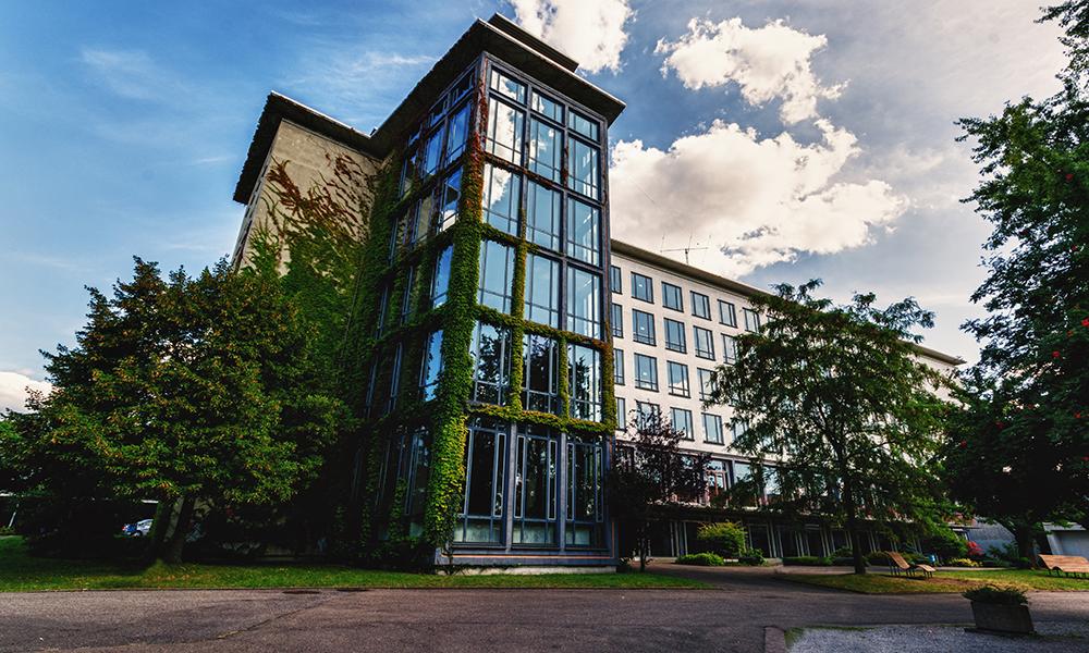 Der Schulturm als Wahrzeichen des TGBBZ1